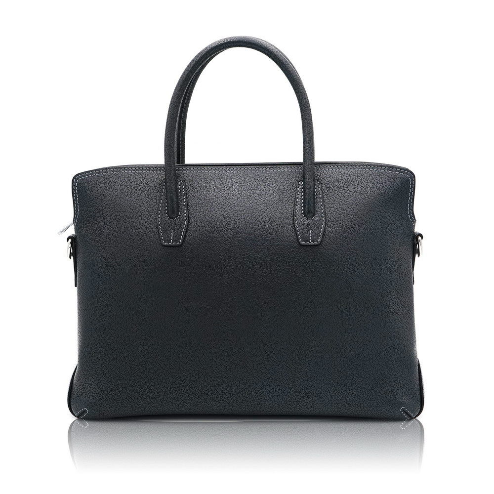 Why choose a classic leather briefcase as a briefcase