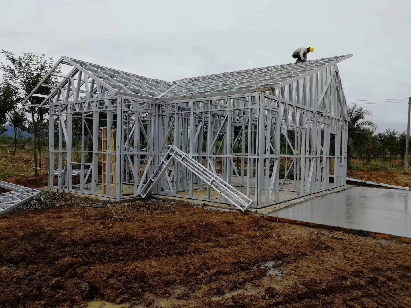 Lightweight steel guage structure/ framing materials