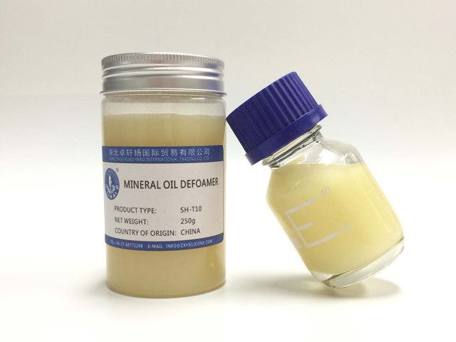Mineral oil based defoamers