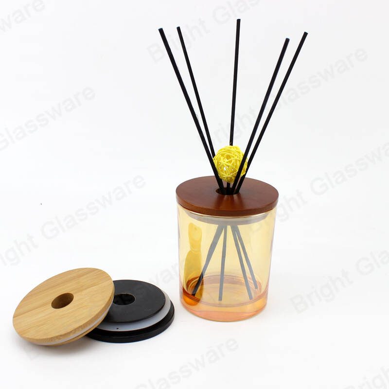 Top sell high quality reed diffuser glass bottle with wooden lid with hole and black sticks