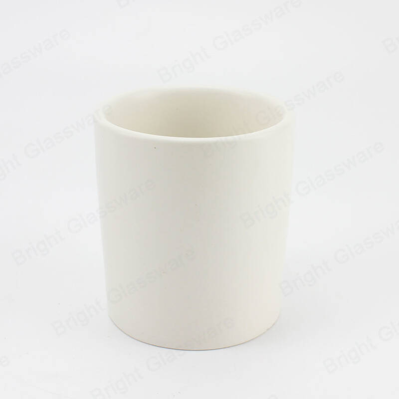 Popular empty pure white ceramic candle jar candle holder for home decorative