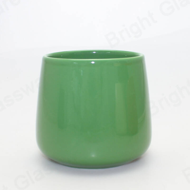 Fashion living room decoration porcelain container colored glazed ceramic candle jars wholesale