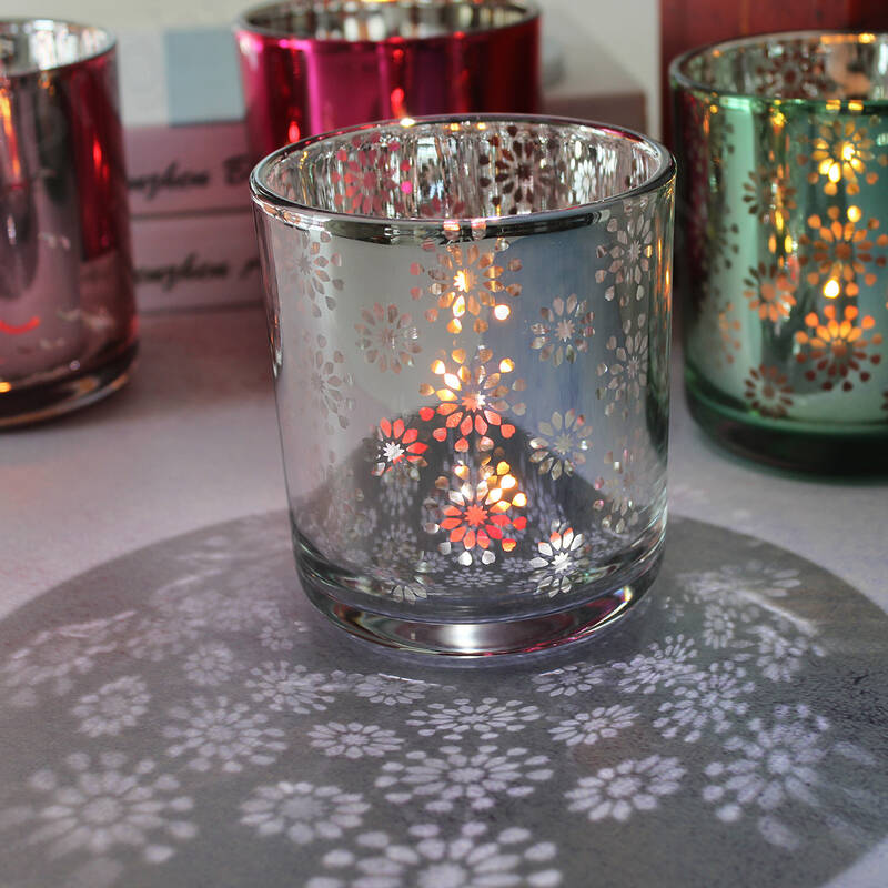 New design Christmas theme electroplated and laser carving finish flower pattern candle container candle jars glass