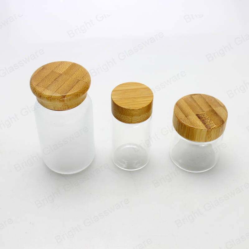 Luxury empty clear frosted glass jar with bamboo lid cosmetic jar with screw bamboo cap for skincare