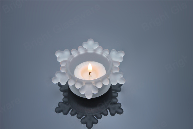 Christmas celebrations decorative frosted glass snowflake tea light candle holders