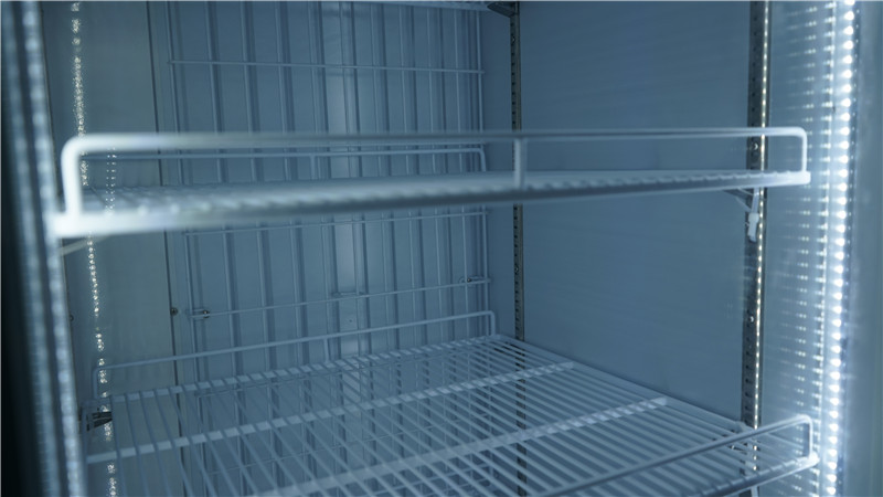 commercial-display-freezer