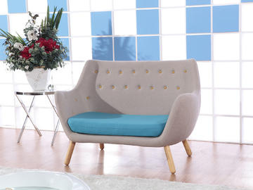 A62 Loveseat Swan Chair