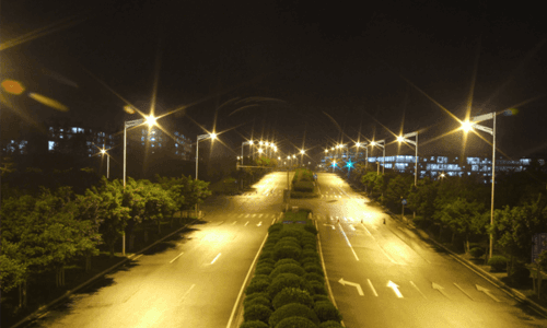 Integrated solar street light in Saudi Arabia
