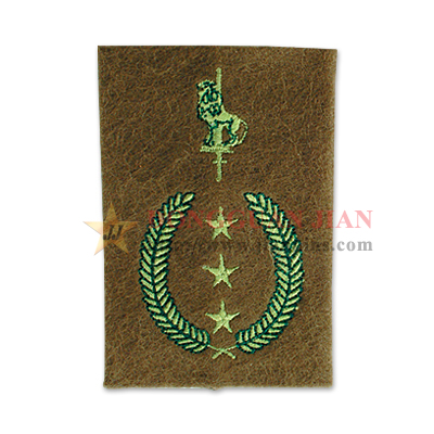 custom-made epaulettes