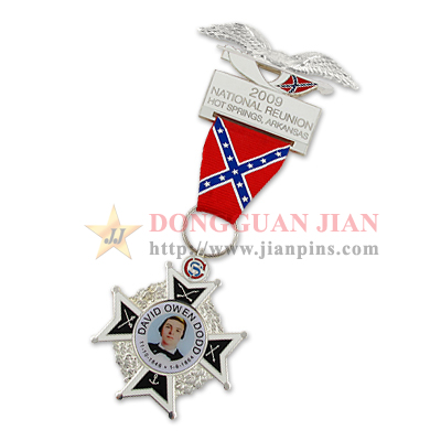 Military Medals & Medallions