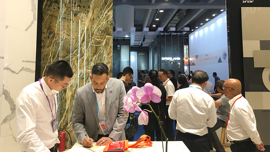 Innovative Ceramic Panels Attract Worldwide Attention in Canton Fair